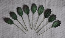 LIGHT GREEN HOLLY LEAVES (17mm) Mulberry Paper leaves